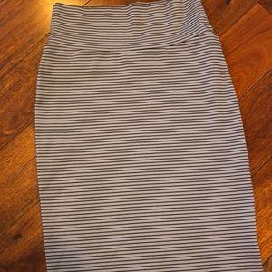 Xs Cassie black micro stripes on gray